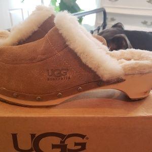 Ugg Kallie clogs